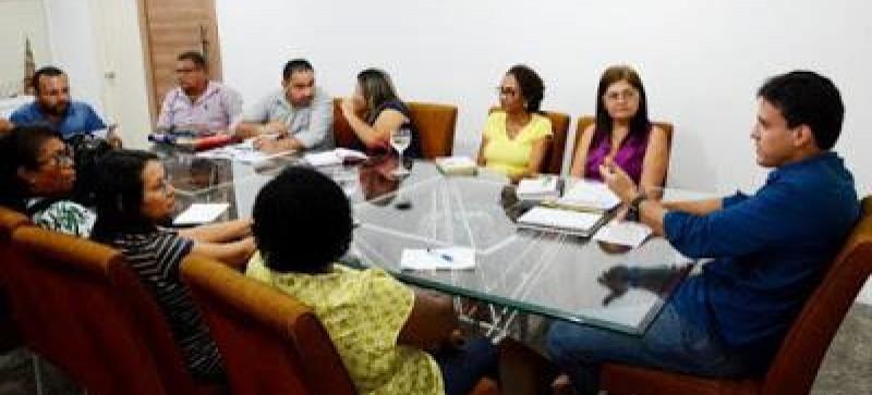 Governo dialoga com Sinproesemma sobre conquistas da categoria e pré-campanha salarial de 2017