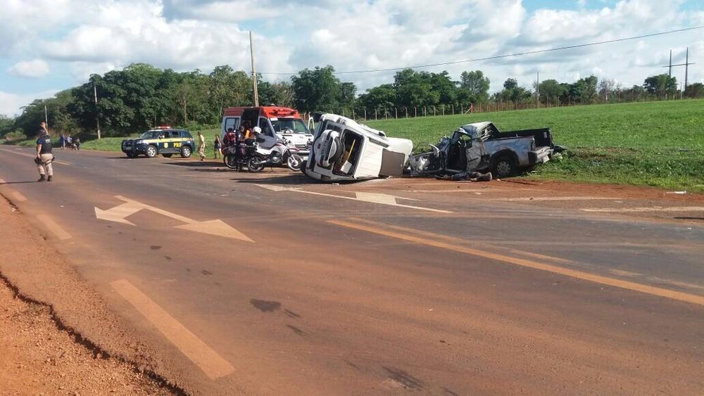 Resultado de imagem para Colisão frontal deixa dois mortos no interior do Maranhão