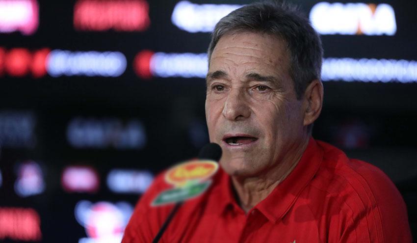 Paulo César Carpegiani é o novo técnico do Flamengo