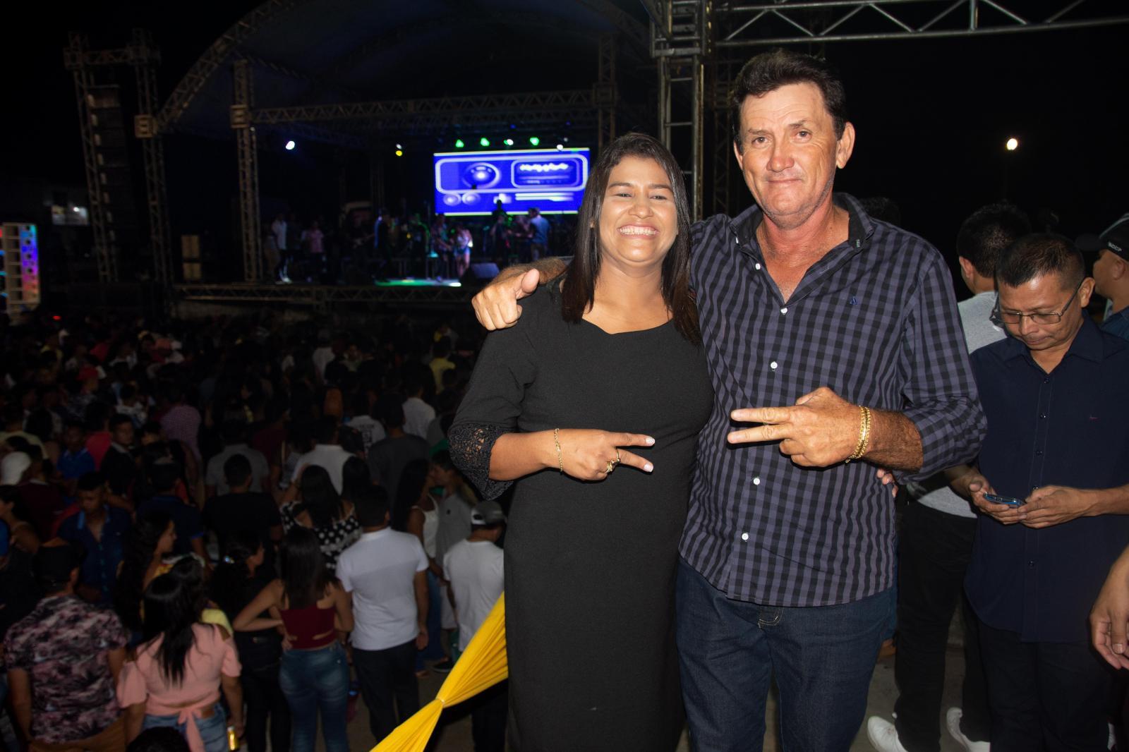 Tate do Ademar sente o carinho dos amapaenses durante show em comemoração ao aniversário da cidade