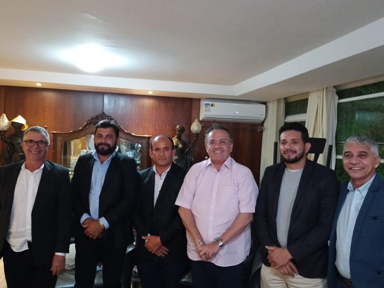 Prefeito Junior Garimpeiro cumpre agenda em Brasília